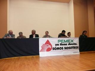 Constitución del Comité Universitario en Defensa del Petroléo en la UNAM