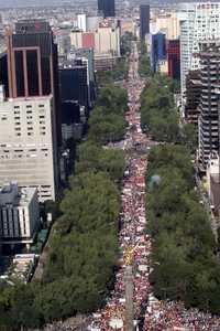 Redes Universitarias estuvo en la Marcha codo a codo con el SME..