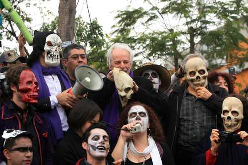 Marchan jóvenes en demanda del fin de la violencia en México