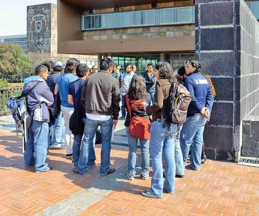 Rechazan estudiantes la propuesta del ejecutivo de financiar a universitarios de escuelas privadas